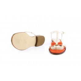 Juana Coral sandalia dorada con lazo