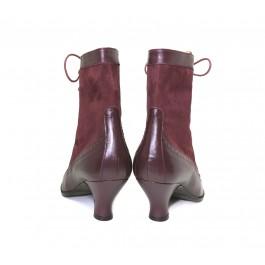 Victoria Burdeos bota estilo retro