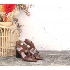 Valeria Cuero sandalia con borlas