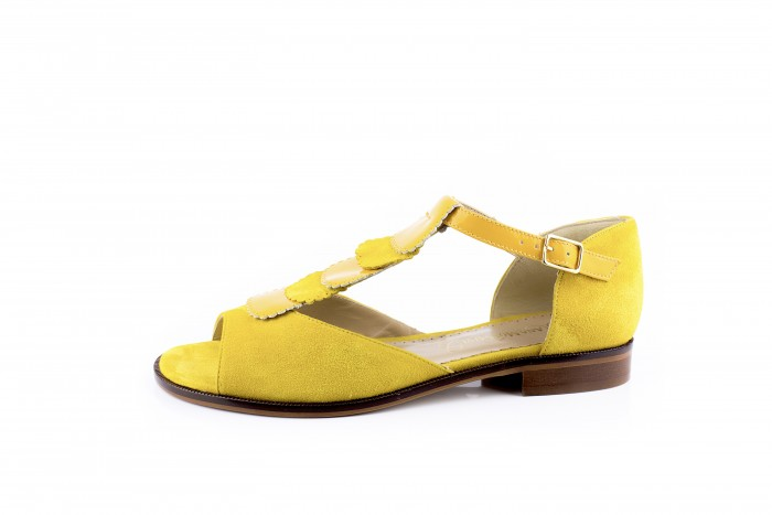 Eimi Girasol sandalia plana con estilo