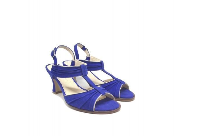 Olivia campanula sandalia con detalles dorados
