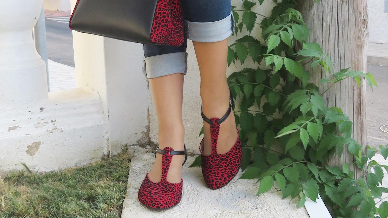 denis leopardo rojo