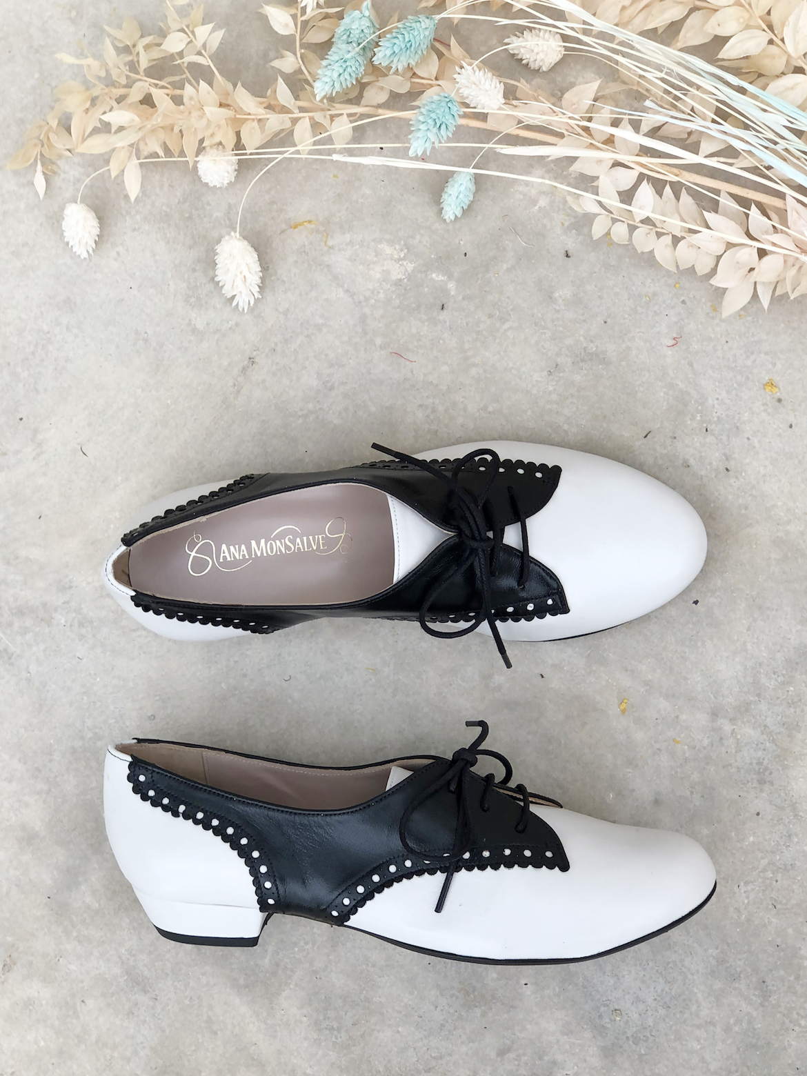 zapato ganster blanco y negro