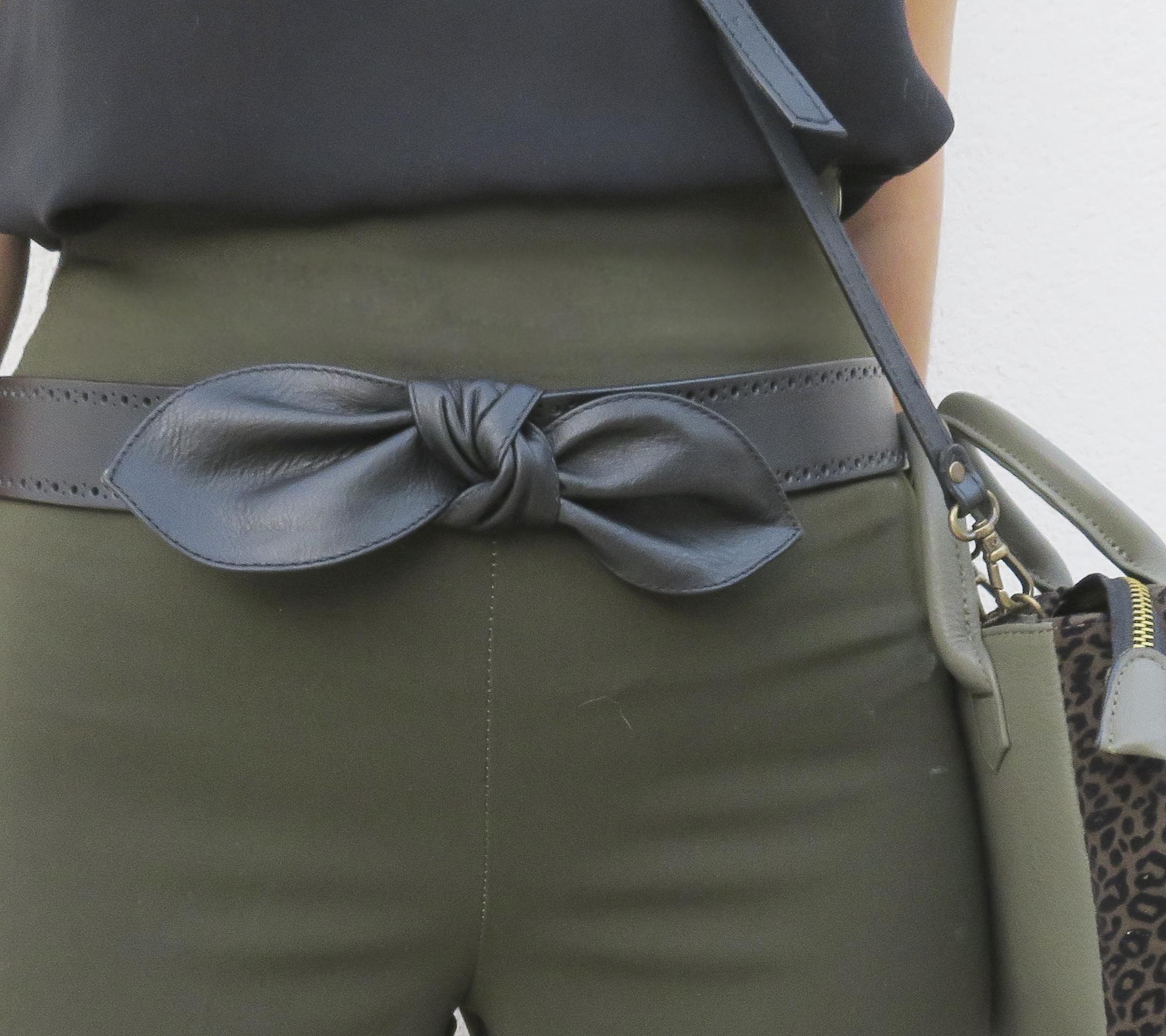 cinturón lazo negro